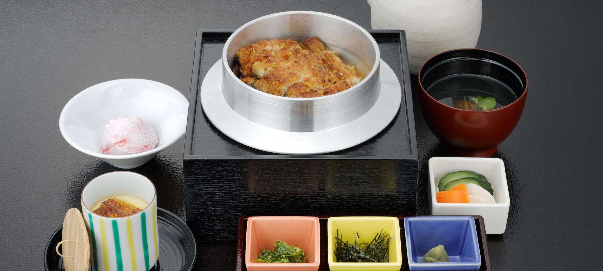 鰻釜(うかま)